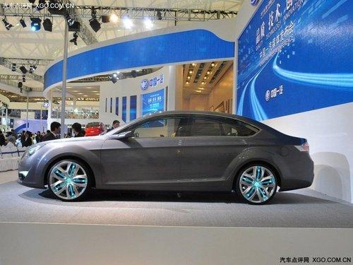 2011上海车展 奔腾B9概念车正式亮相
