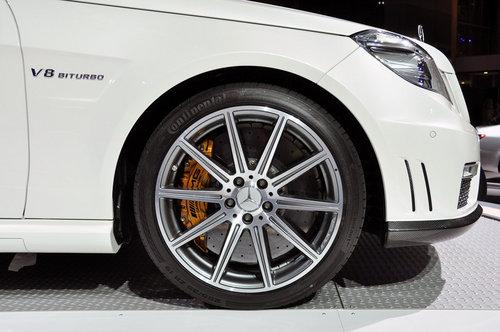 搭5.5L V8动力 奔驰新E63 AMG纽约发布