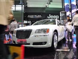 2011上海车展克莱斯勒300c