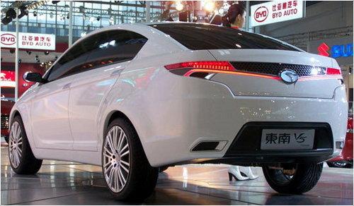 明年北京车展首发 东南将推V5紧凑型车