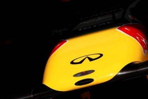 冠军魅力 英菲尼迪宣布维特尔为其代言 图1 高清图片