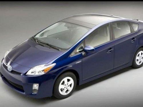 普锐斯混合动力车 丰田全球召回10万辆