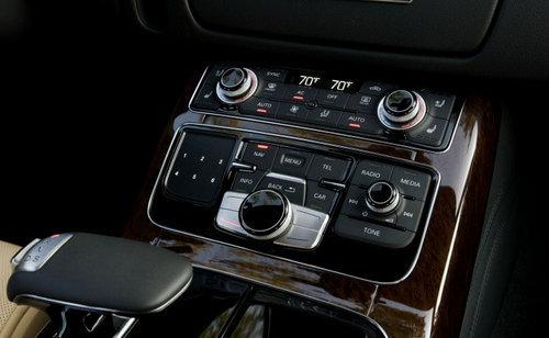 低调是外表假象 海外试驾2011款奥迪A8