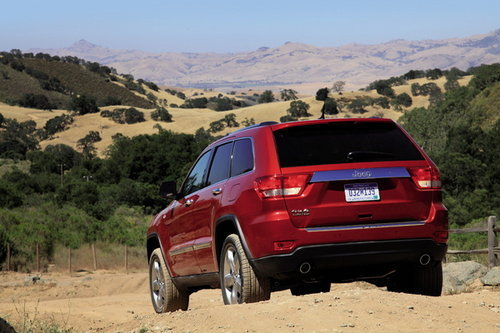 海外试驾2011款Jeep大切诺基 颠而不覆