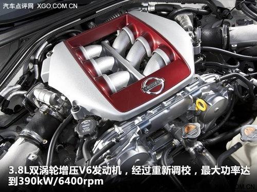 东瀛战神战斗力升级 GT-R新/老款对比