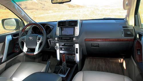 凶悍个性的基调 试一汽丰田新普拉多4.0