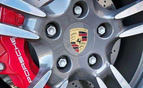 完美新风暴 试驾2010款保时捷911 Turbo