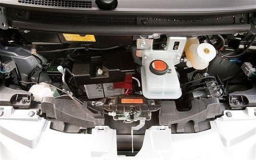 2.1升百公里油耗 试2012款三菱i电动车