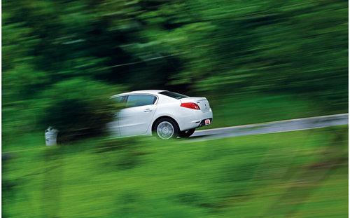 中型车市场发力 深度试驾东风标致508