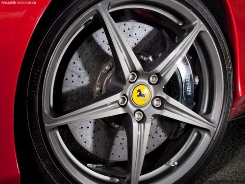 巅峰碰撞 海外试驾458 Italia/GT2 RS