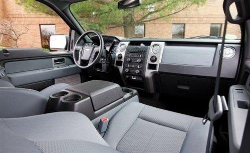 彰显细腻 海外试驾2011款福特F-150 XLT