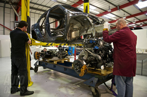 高达480马力 日产Juke-R实车首度曝光