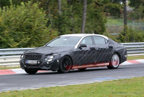 2012年发布 全新一代奔驰S级路试曝光