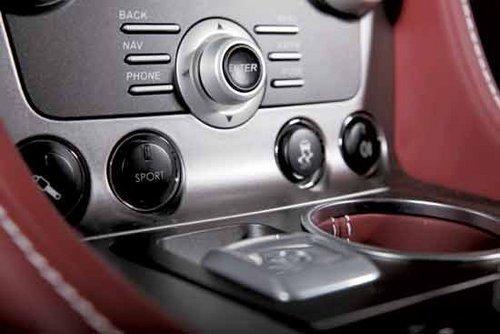性能被忽视 试驾Aston Martin Rapide
