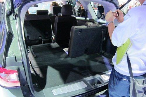 2011洛杉矶车展 英菲尼迪JX量产车首发