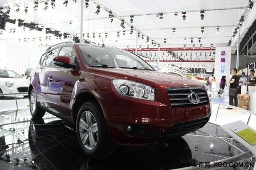 广州车展探馆 吉利首款SUV全球鹰GX7