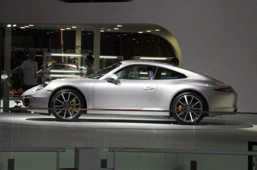 售147.6-167.1万 保时捷新911正式上市