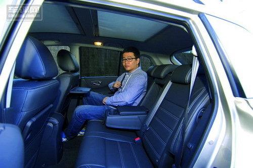 我需要这样一辆车 海外驾驶雷诺科雷傲