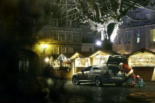 """圣诞老人的""""新车"""" 捷豹XF旅行版预告图"""