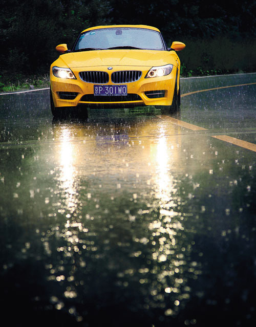 烈焰风暴 试驾宝马Z4 sDrive35is跑车