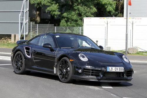 亮相日内瓦 新911将搭载三涡轮增压引擎