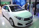 售5.58-6.88万元 中华H230成都车展上市