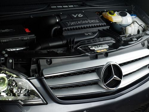 """""""动静相宜"""" 从唯雅诺看奔驰V6发动机"""
