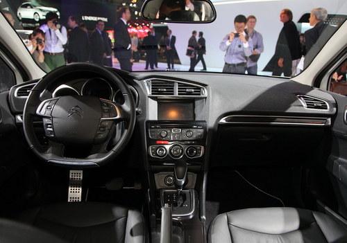 2012巴黎车展 雪铁龙C4 L正式首发亮相