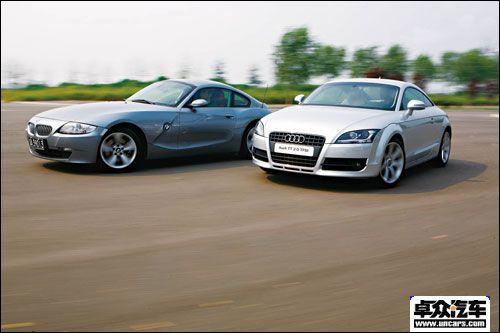 优先选择速度 宝马Z4 Coupe VS 奥迪TT
