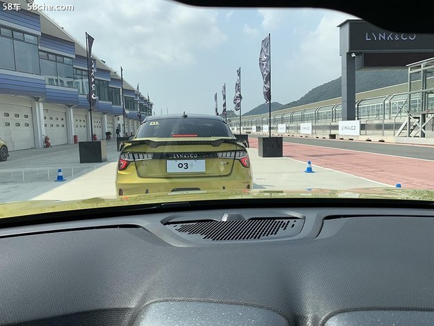 好玩/好开/好看 领克03+赛道试驾体验