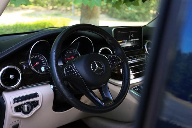 60万级高性价比MPV 试驾体验奔驰V-Class